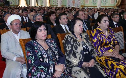 Мулоқоти Президенти кишвар Эмомалӣ Раҳмон бо роҳбарону фаъолони вилояти Суғд
